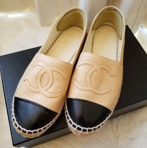 Chanel Classic Tan and Black Espadrilles